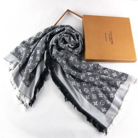 $20.0, Louis Vuitton Scarf #58444