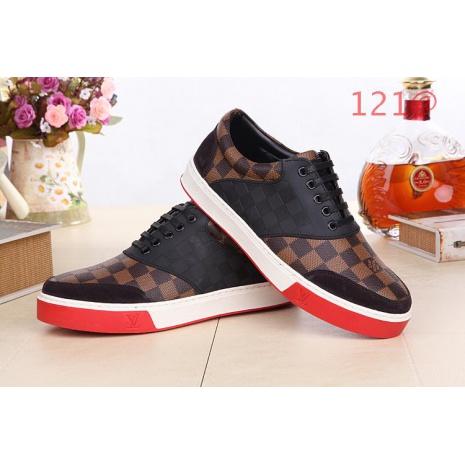 $105.0, Louis Vuitton Shoes for MEN #111653