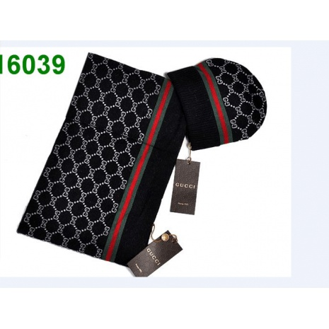 $69.0, Gucci AAA+ Scarve & Hat Sets #140265