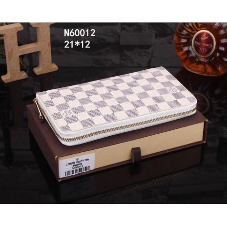 $41.0, Louis Vuitton AAA+ Wallet #202390