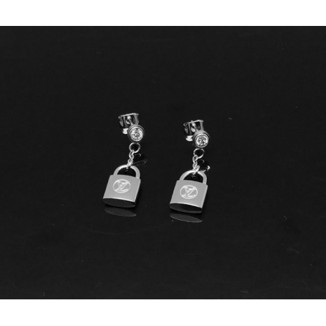 $19.0, Louis Vuitton Earrings #230663