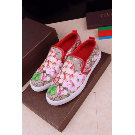 $64.0, Gucci Shoes for MEN #236001