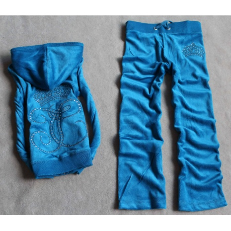 $26.9, SPECIAL OFFER Juicy Couture Tracksuits for Kid  SIZE: 4 #243674