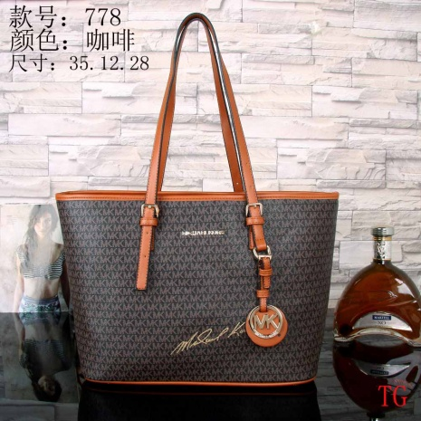 $32.0, Michael Kors Handbags #254916