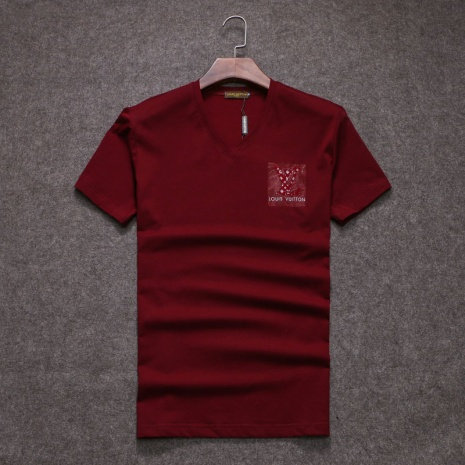 $19.0, Louis Vuitton T-Shirts for MEN #255913
