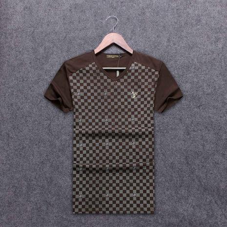 $19.0, Louis Vuitton T-Shirts for MEN #263525