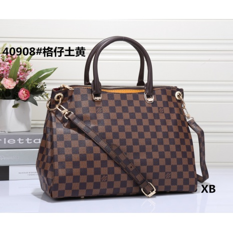 $32.0, Louis Vuitton Handbags #264071