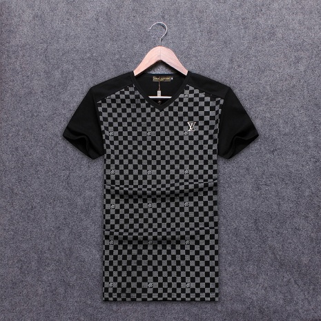 $21.0, Louis Vuitton T-Shirts for MEN #264861