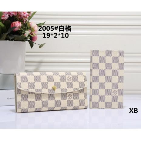 $21.0, Louis Vuitton Wallets #266413