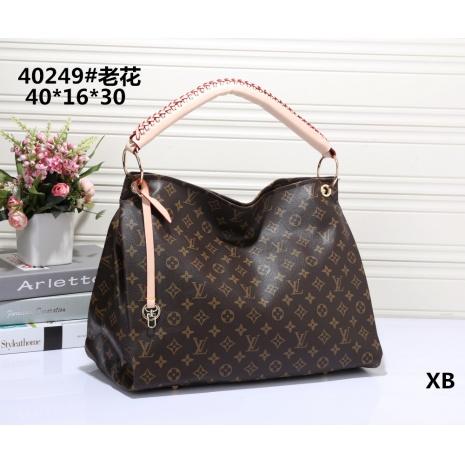 $30.0, Louis Vuitton Handbags #266418