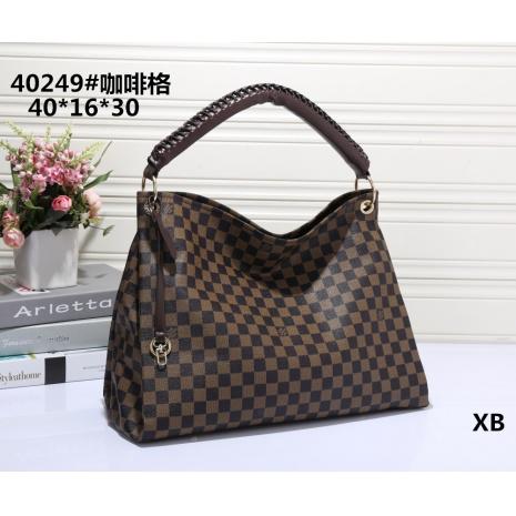 $30.0, Louis Vuitton Handbags #266419