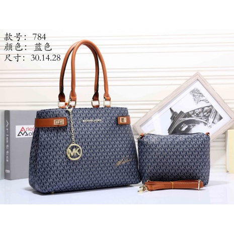 $32.0, Michael Kors Handbags #266930