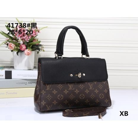 $32.0, Louis Vuitton Handbags #267270