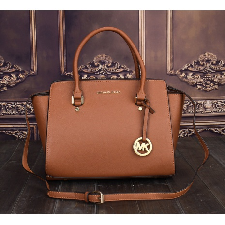 $32.0, Michael Kors Handbags #267300