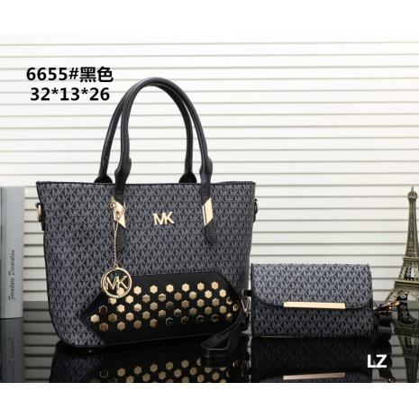 $27.0, Michael Kors Handbags #270680