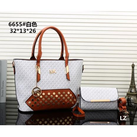 $27.0, Michael Kors Handbags #270681