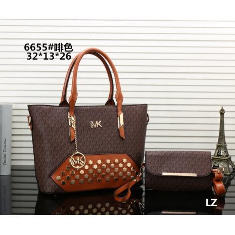 $27.0, Michael Kors Handbags #270682