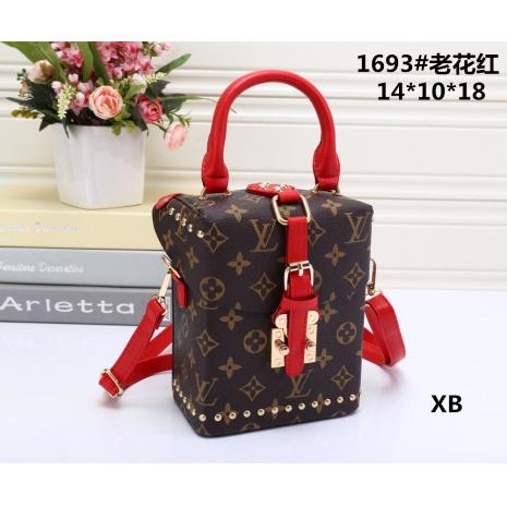 $27.0, Louis Vuitton Handbags #271486