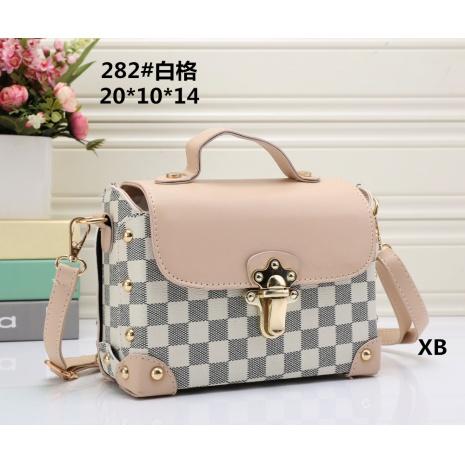 $25.0, Louis Vuitton Handbags #271998