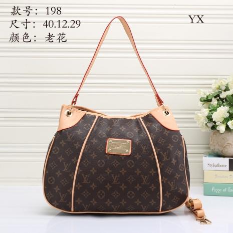 $27.0, Louis Vuitton Handbags #272030