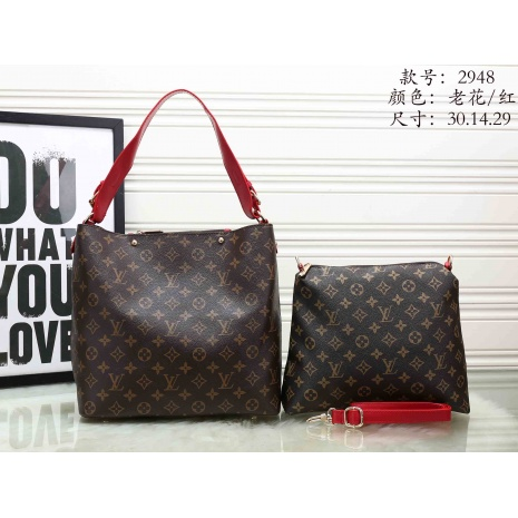 $37.0, Louis Vuitton Handbags #272038
