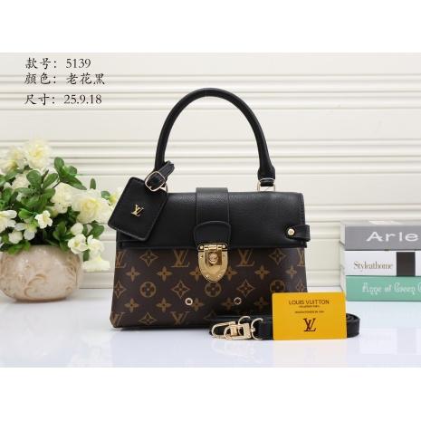 $33.0, Louis Vuitton Handbags #272043