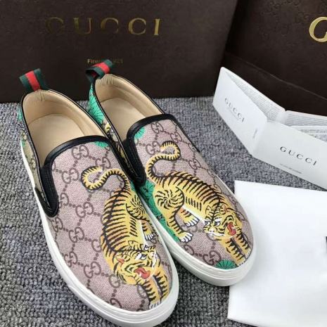 $70.0, Gucci Shoes for Women #272861