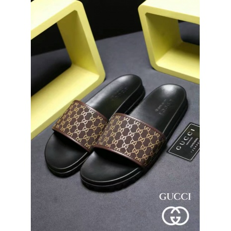 $54.0, Men's Gucci Slippers #273221