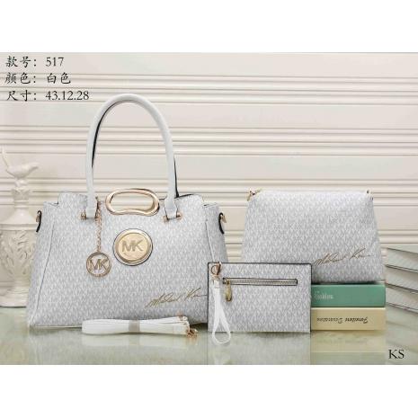 $29.0, Michael Kors Handbags #276019