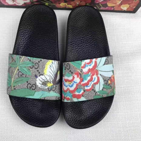 $35.0, Men's Gucci Slippers #277509