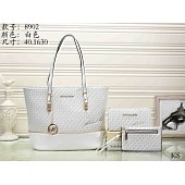 $29.0, Michael Kors Handbags #276050