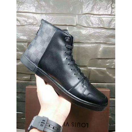 $89.0, Louis Vuitton Shoes for MEN #280070