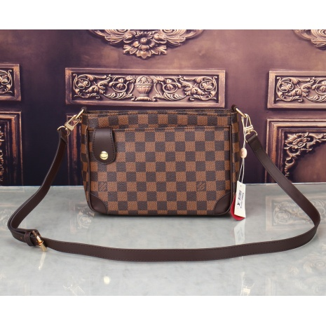 $39.0, Louis Vuitton Handbags #284189