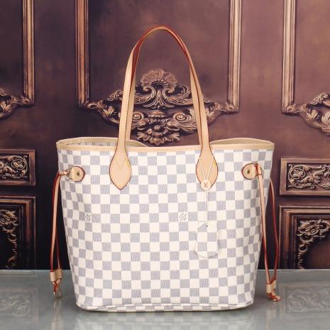 $39.0, Louis Vuitton Handbags #284198