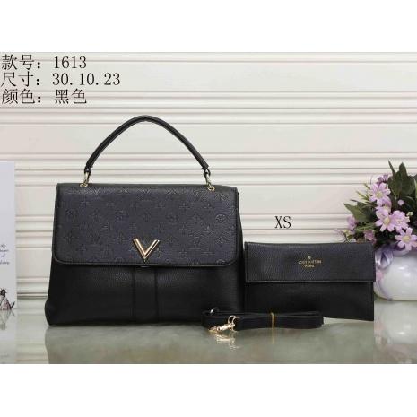 $33.0, Louis Vuitton Handbags #287352