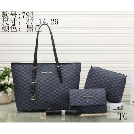 $27.0, Michael Kors Handbags #287752