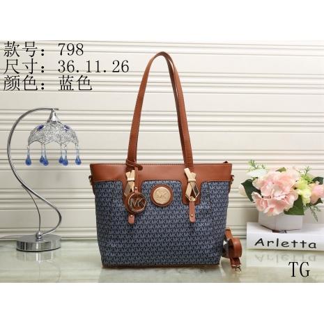 $25.0, Michael Kors Handbags #287875