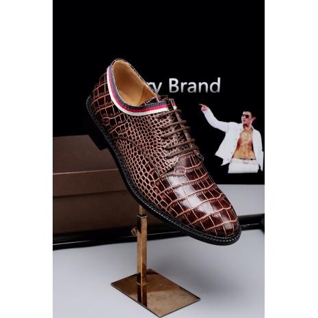 $81.0, Gucci Shoes for MEN #290133