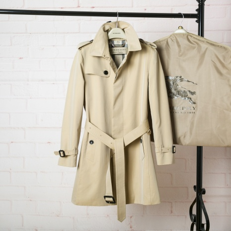 $208.0, Burberry Jackets for Men #290822