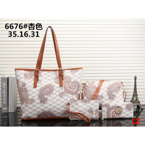 $31.0, michael kors handbags 4pcs Set #293067