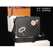 $93.0, Louis Vuitton AAA+ Men's Messenger Bags #293861